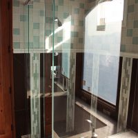 Custom glass shower enclosures Las Vegas